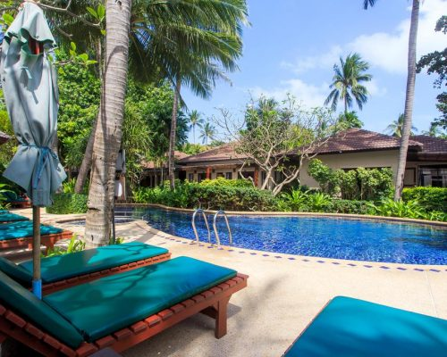 BAAN CHAWENG BEACH RESORT POOL